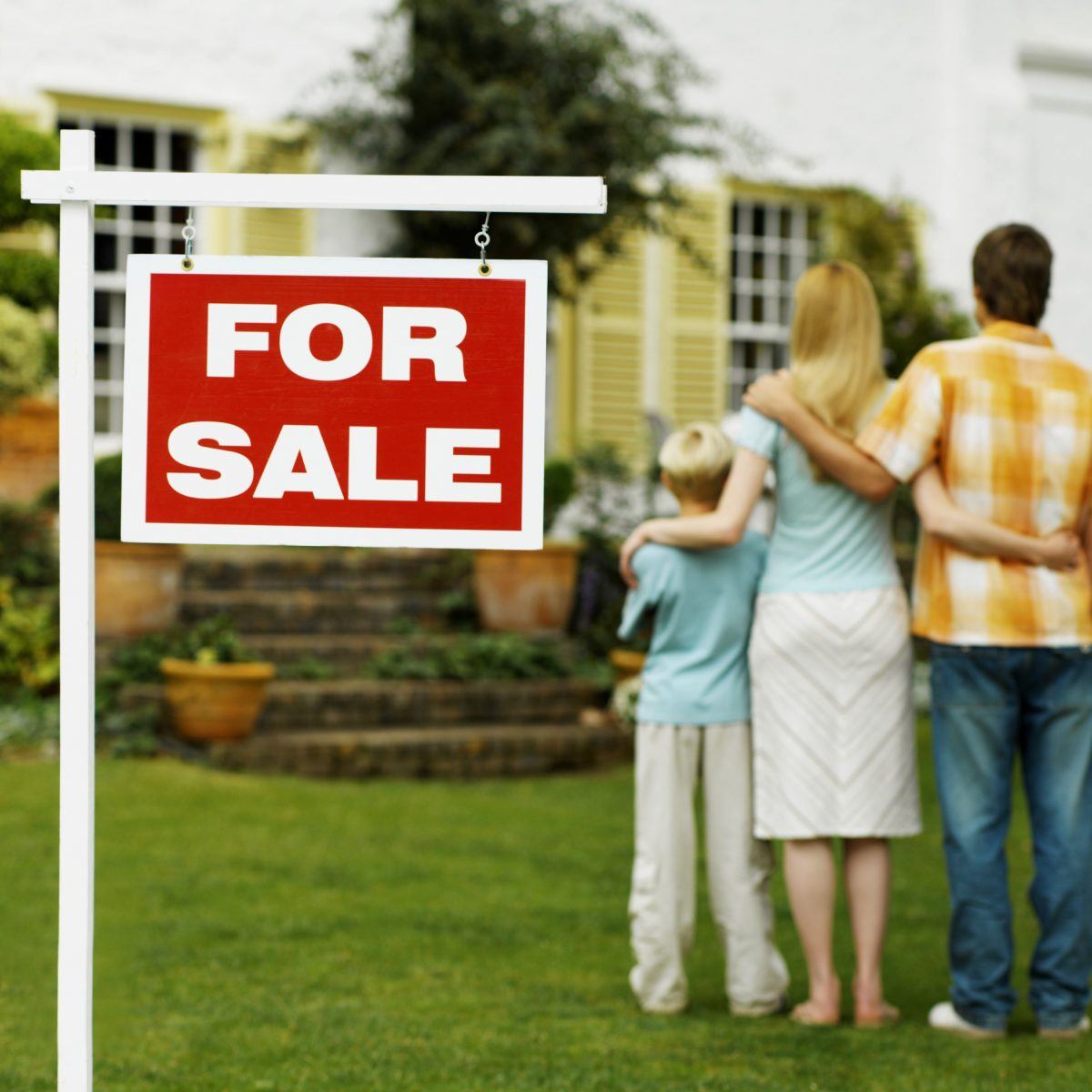 5 Reasons Why You Shouldn't Manage Your Property Without The Agent's Intermediation
