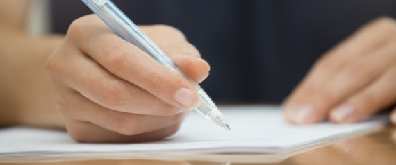 Stay Stress-Free Of Your Academic Assignments by Turning To Essay Writing Service