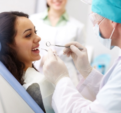 Tips For Choosing The Right Cosmetic Dentist
